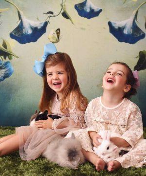 mini-coelhos-e-crianças